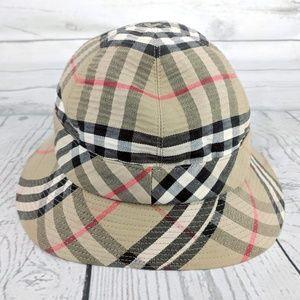 e074d98ae800bb Burberrys VTG Nova Check Bucket Hat Small